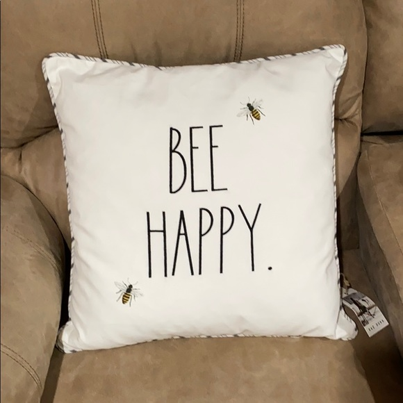 """NWT Rae Dunn """"Bee Happy"""" accent pillow"""
